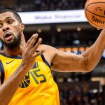Jazz big man Derrick Favors is 'playing out of this world,' and everyo...
